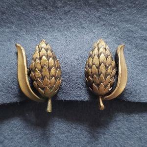 Vintage Copper Toned Wheat Clip On Earrings